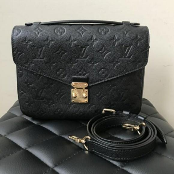 4f60d9524b1d Louis Vuitton pochette metis empreinte bag